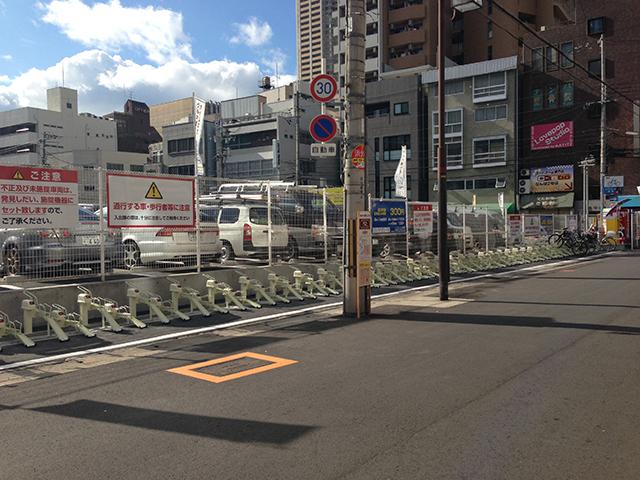 オタロードに駐輪場「サイクルタイムズ大阪難波」がオープン 放置規制も強化へ