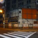 日本橋3丁目交差点角で新ビル建設開始、来春竣工予定
