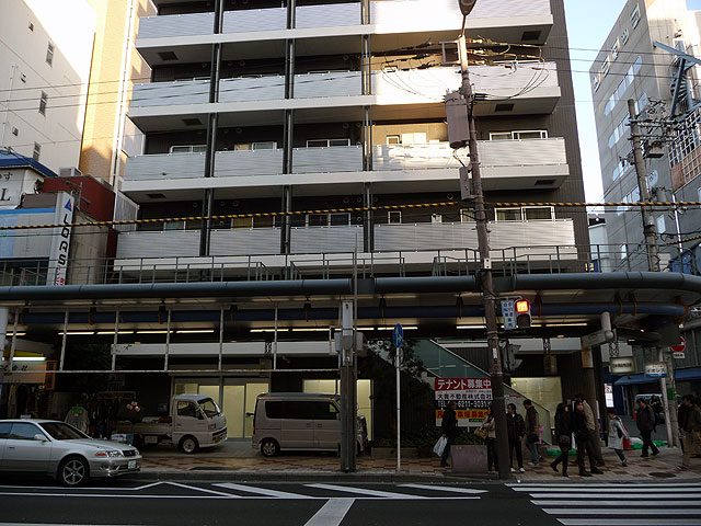 レアモノショップ、店舗を堺筋沿いに移転