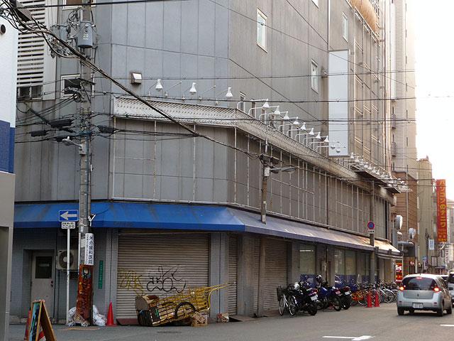 ソフマップ4号店跡は、やはり「貧困ビジネス」の拠点だったのか?