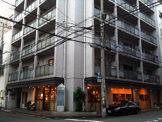 日本橋4丁目にミニ四駆専門の「ナンバサーキット」がオープン