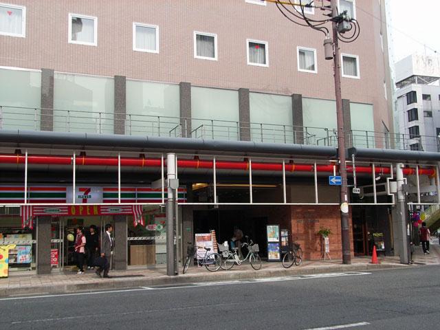 日本橋3丁目・旧ヤマギワ跡地に「ホテルヒラリーズ」オープン