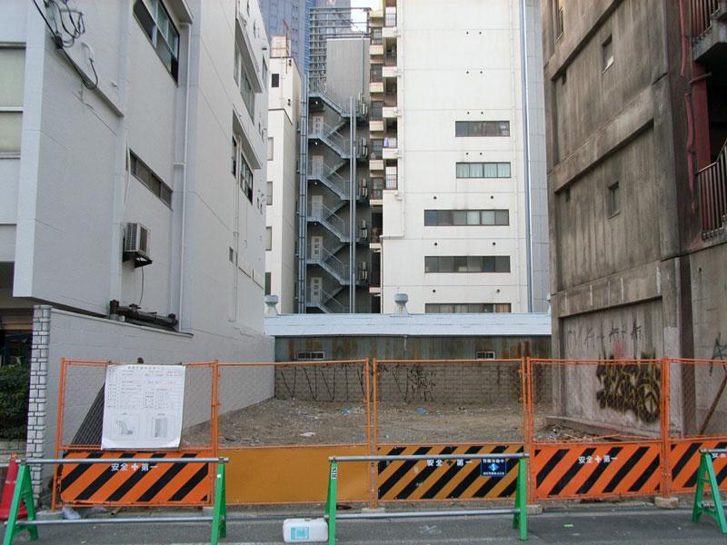 「タイムス大阪難波」西隣でもマンション建設か