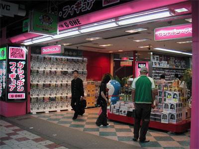 「Joshin日本橋3ばん館」の退店跡に「スーパーポジション」が出店