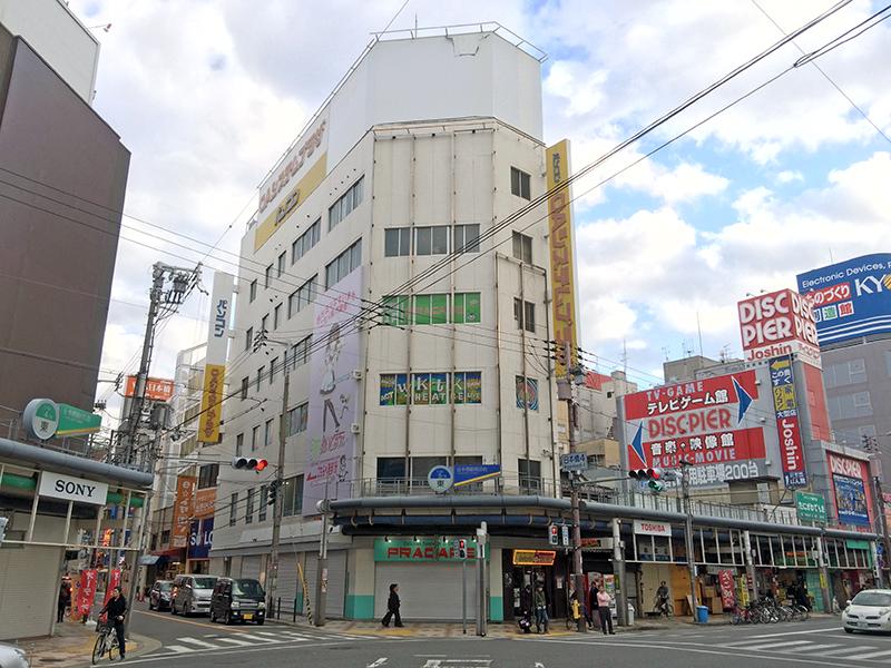 日本橋19ビルのカフェ「PRACAFE」は事実上の休業状態に