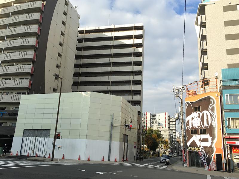 日本橋3丁目・グリーンビル日本橋の解体工事が進行中